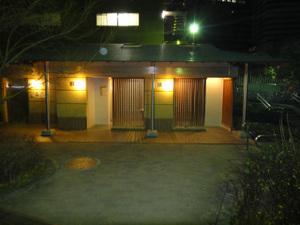 清水谷公園内トイレ