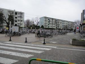 駅南側広場