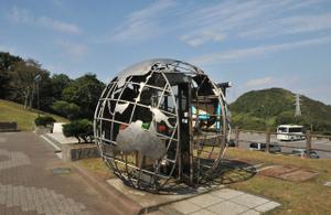 室蘭:地球岬駐車場の電話ボックス
