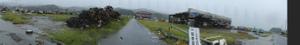 気仙沼:鹿折歩道橋を背に